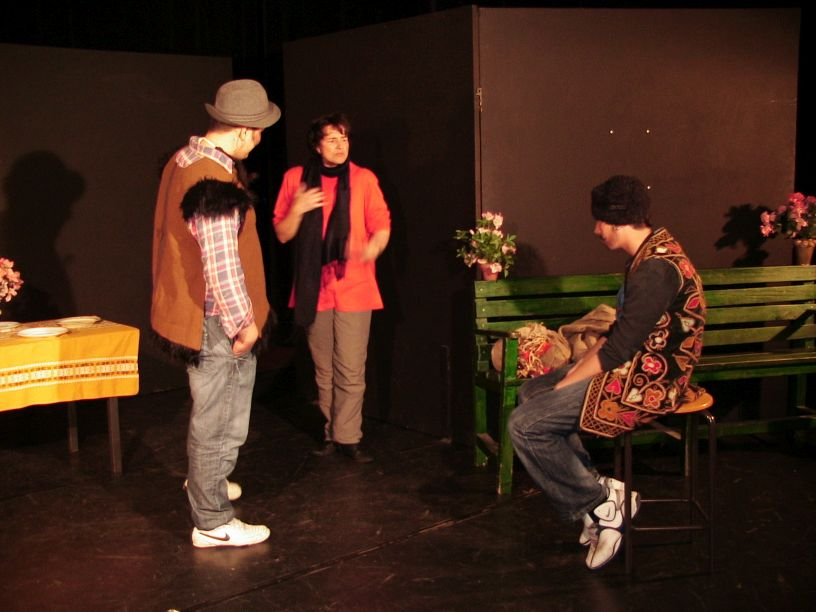 language-theatre rehearsal engaged teacher