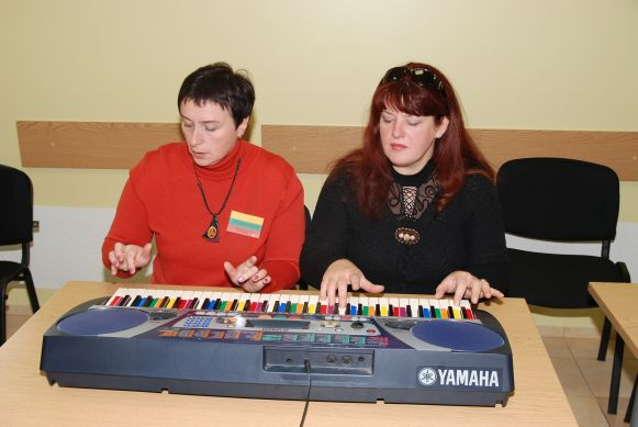 music as a sport keyboard with coloured keys adults group course