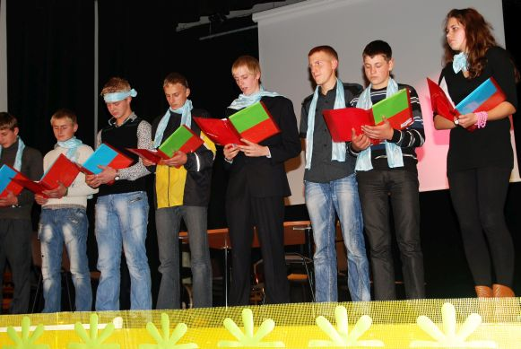 foreign language course group performance